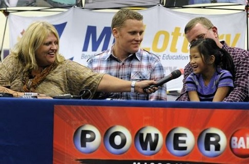 Powerball Mark and Cindy Hill